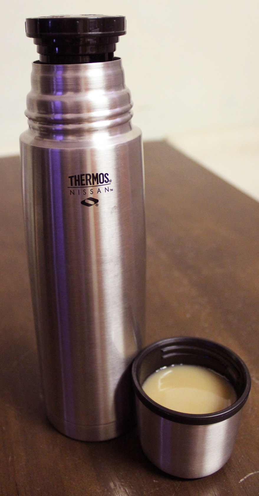 thermos making airplaine dinners a thing of the past. Black Bedroom Furniture Sets. Home Design Ideas